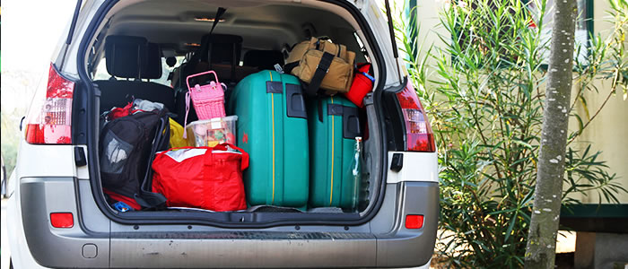 how to load your car driving in europe green flag. Black Bedroom Furniture Sets. Home Design Ideas